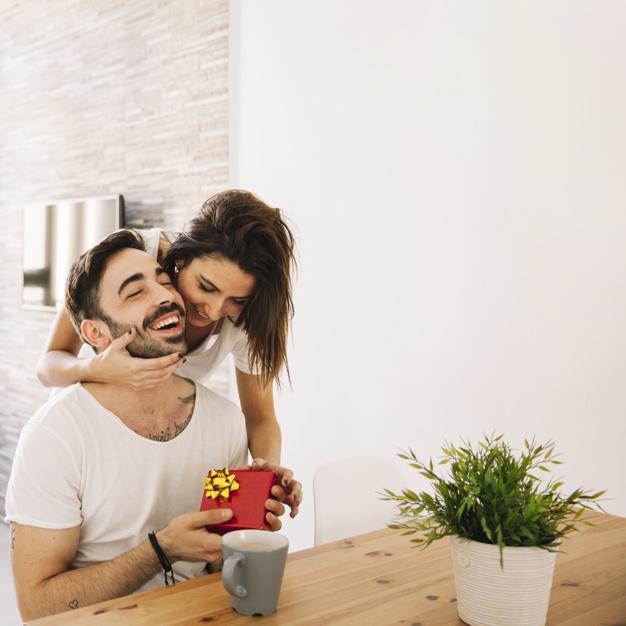 Darček pre manžela: 8 vecí, ktoré ho potešia