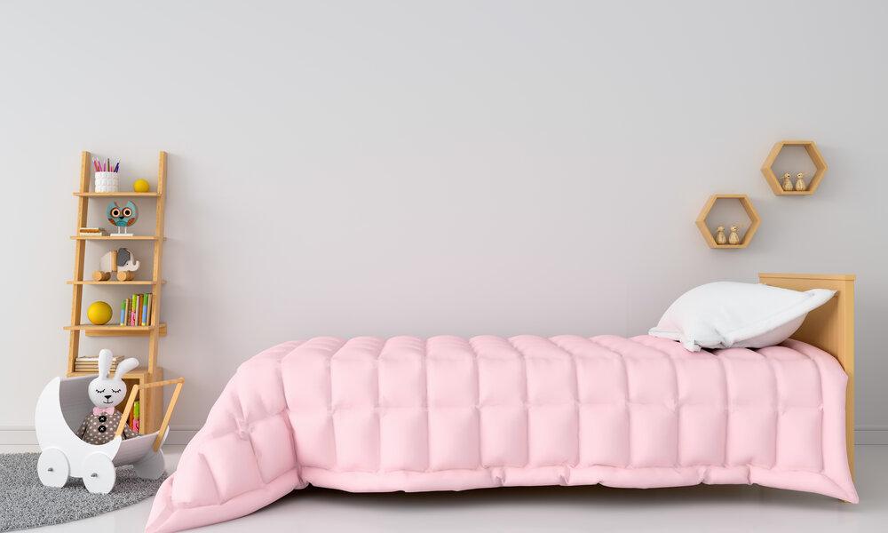 Biely interiér detskej spálne