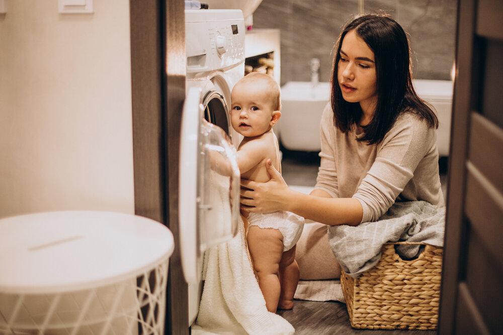 Matka s dcérou doma perú