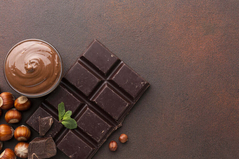 chutná tmavá čokoláda a orechy sú alergény