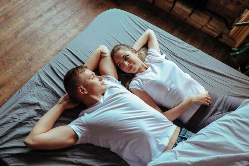 spokojný zdravý pár